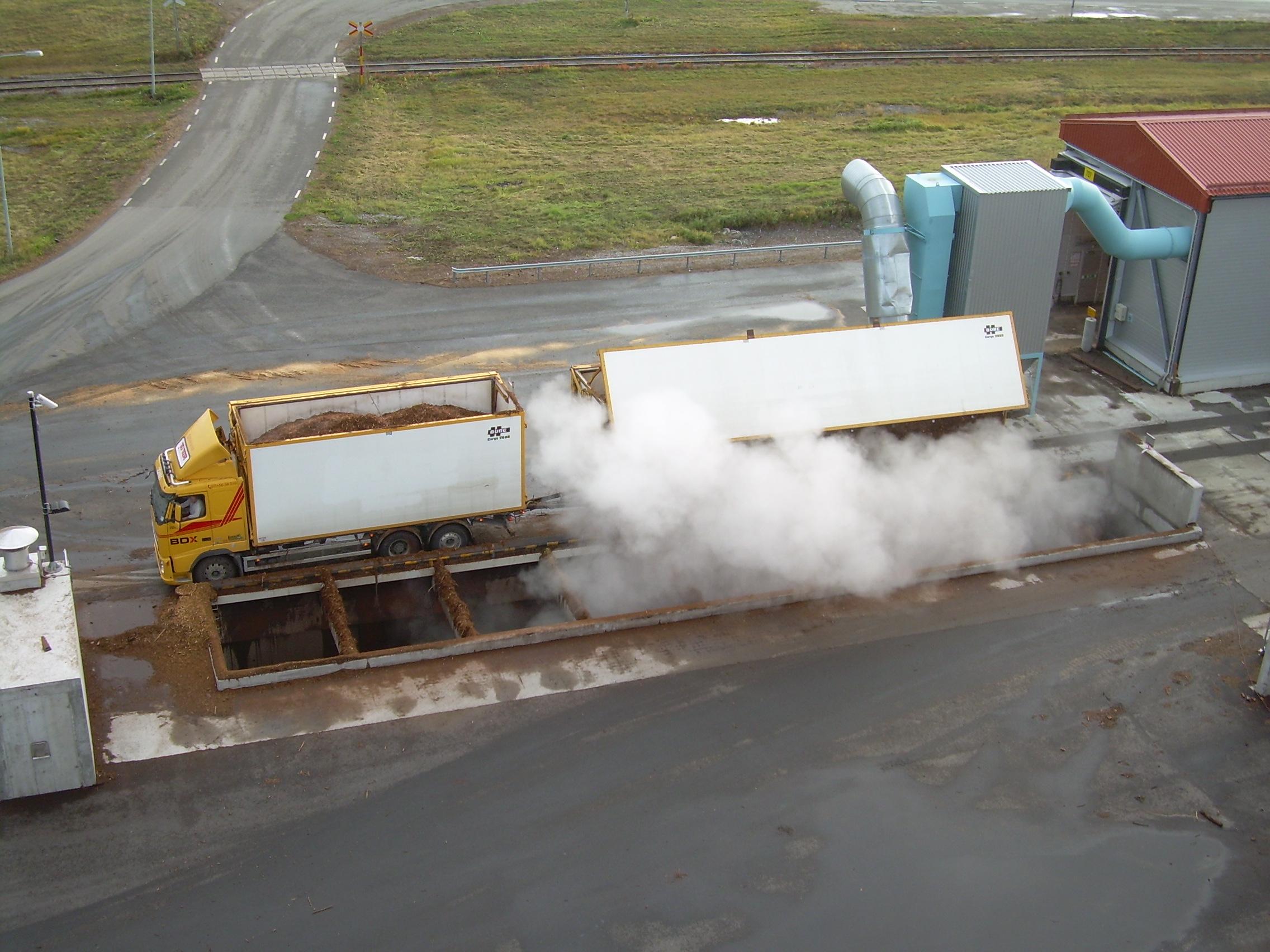 Systemy odbioru biomasy stałej