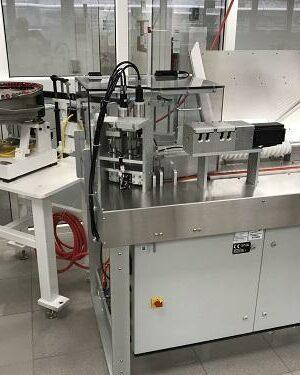Laboratoryjna napełniarka do probówek
