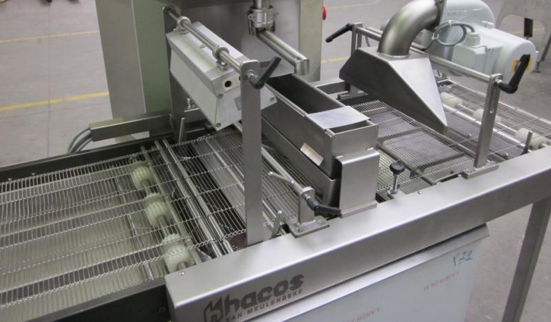 Dostawiany moduł oblewarki do automatycznej maszyny temperującej