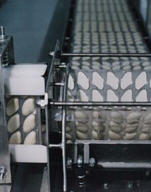 Automatyczny system do odlewania w podwójnych formach
